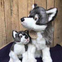 Wolf - moeder met jong - ca. 27 cm