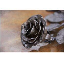Zwarte roos - fotokaart
